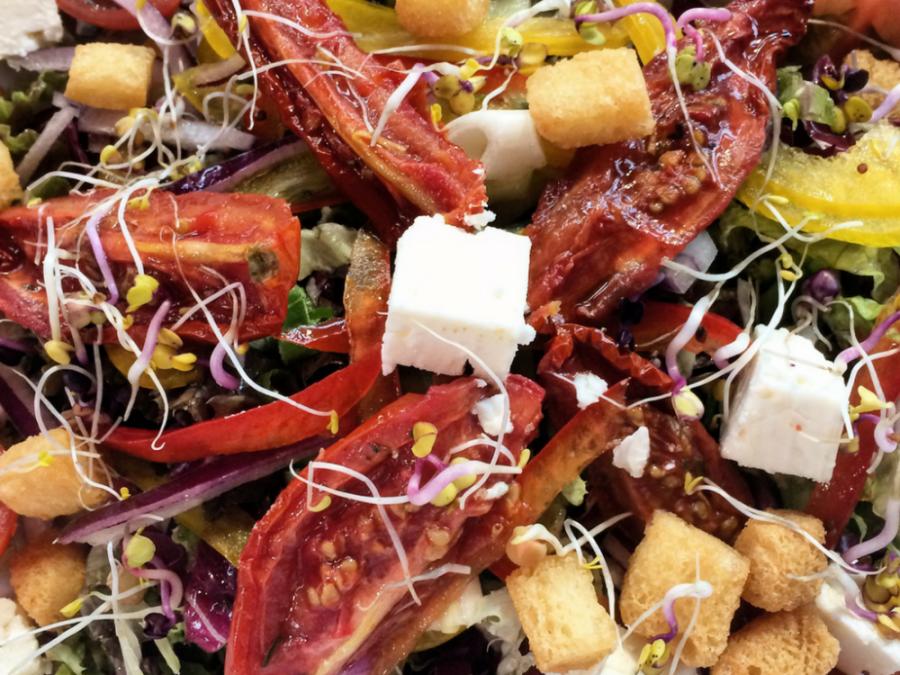 Recipe: Super Summer Salad