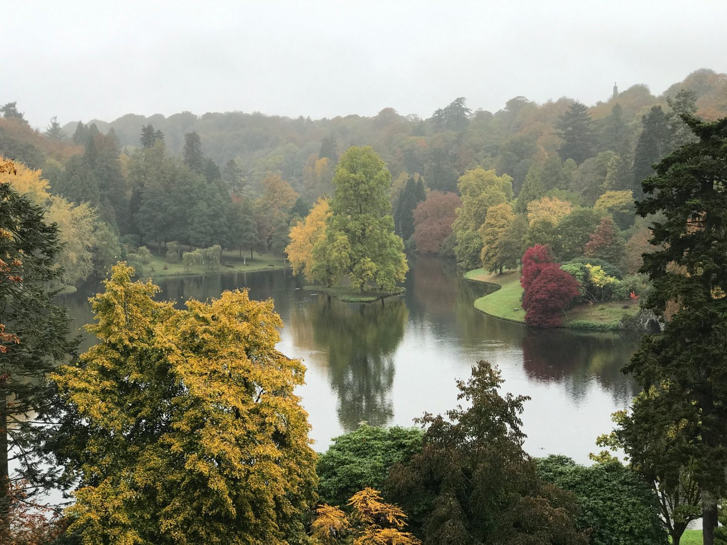 stourhead estate lake