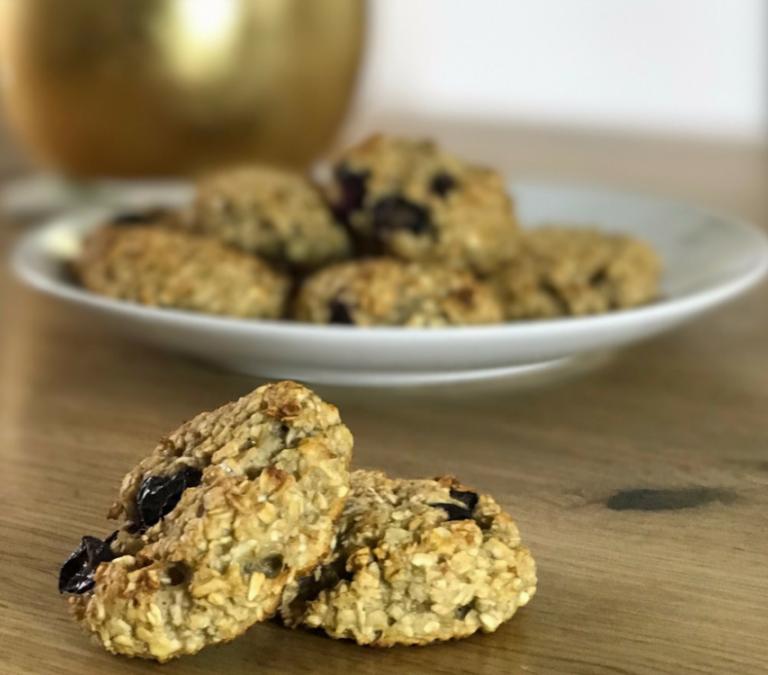 Recipe- Banana & Blueberry Oat Bakes (Baby Led Weaning)