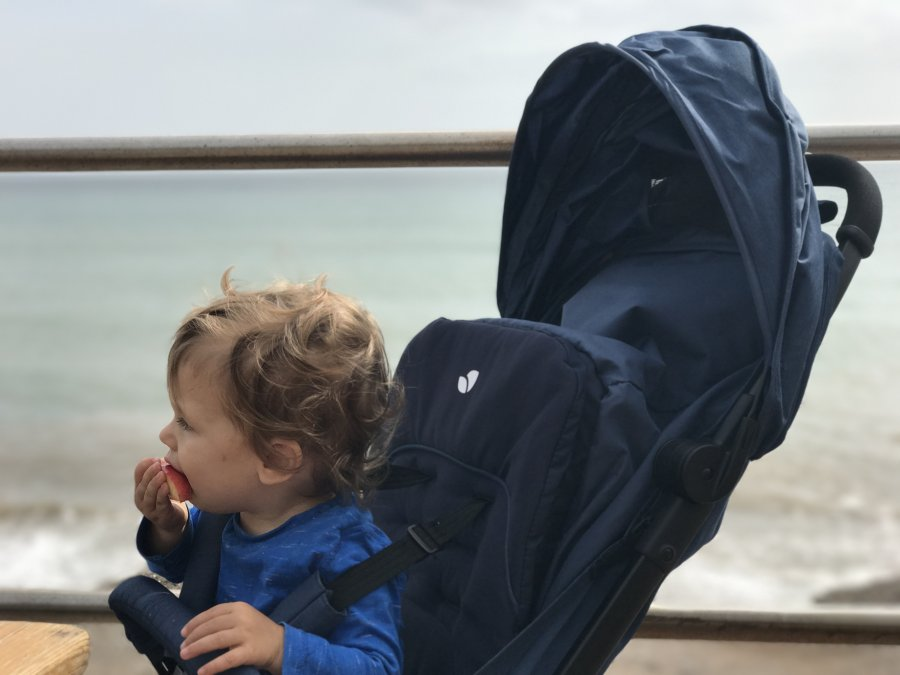 Review Joie Pact Lightweight Stroller